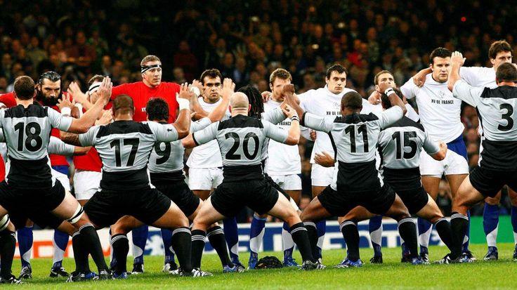 La France face au haka des All Blacks lors de la Coupe du monde 2007