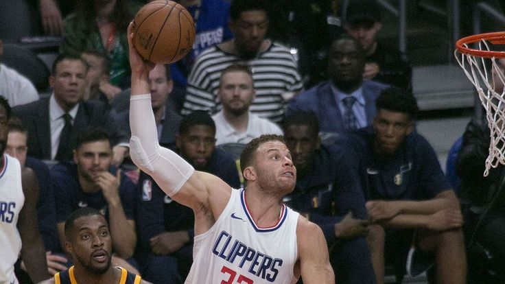 How a vintage Blake Griffin jam channeled Prince and Chappelle    How a vintage Blake Griffin jam channeled Prince and Chappelle   http://www.espn.com/nba/story/_/id/21155862/how-stunning-blake-griffin-jam-referenced-prince-dave-chappelle-nba