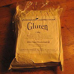 500g Gluten, ein bisschen Gewürze, Wasser, Sojasauce und fertig ist irgendwann das hausgemachte Seitan