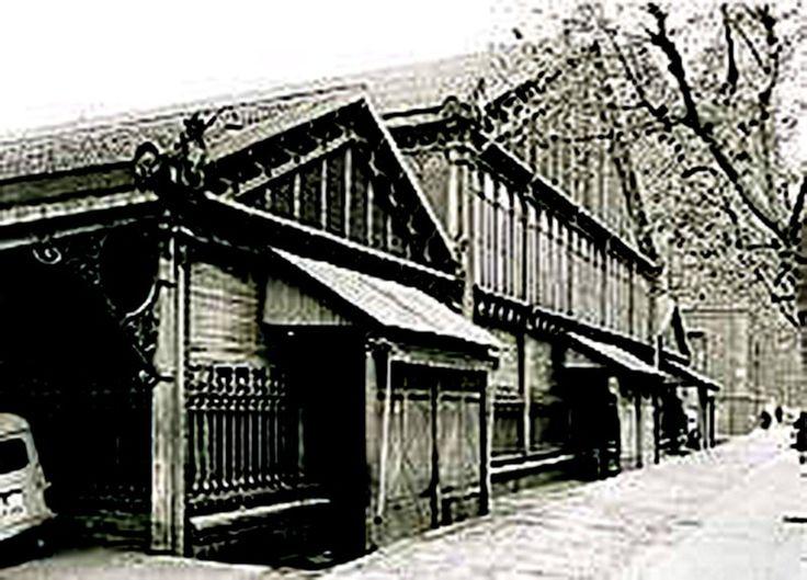 Mercat de la Concepció al carrer Aragó, any 1900 - Barcelona.