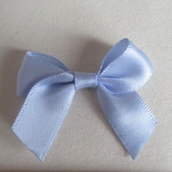 SATIN BOWS APPROXIMATELY 4cm ACROSS PANTONE COLOUR CHART -307 BLUEBELL WEDDING STATIONERY SUPPLIES FROM www.vintagelaceweddingcards.co.uk PLEASE SHARE
