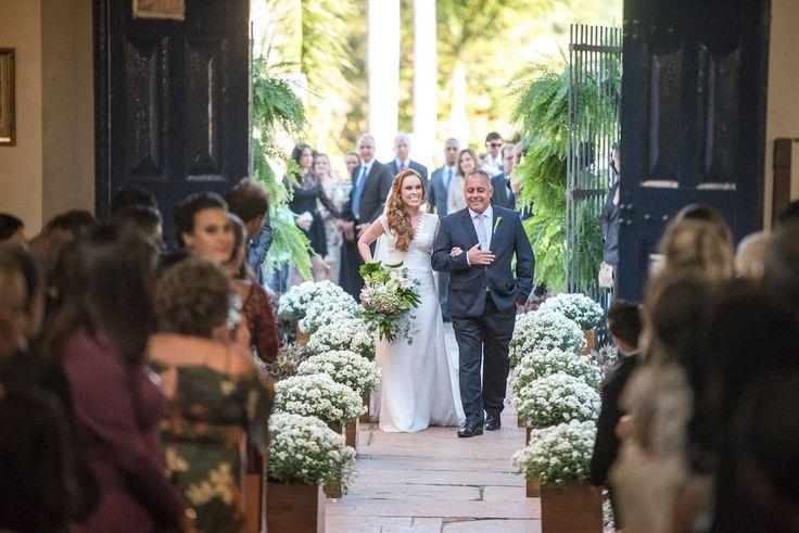 Casamento na igreja durante o dia | Laura + Cesar
