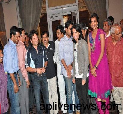 Saina Nehaval Felicitation by Sachin at T.Krishna