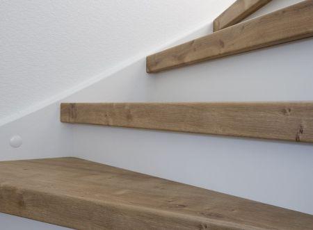 Mountain Oak decor traprenovatie - Traprenovatie Weert
