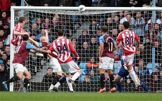 Aston Villa 1 Stoke City 1 (9 April 2012)