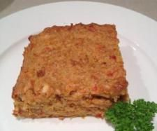 Nut Loaf (Thermomix)  1 onion brown   1 carrot   1 capsicum   1 tomato   20 grams rice bran oil   160 grams unsalted cashews   160 grams almonds   200 grams cooked brown rice   1 egg lightly beaten  150 grams feta cheese crumbled
