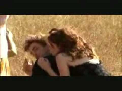Robert Pattinson-Let Me Sign-Song   http://www.youtube.com/watch?v=Ywh80LVeQJk