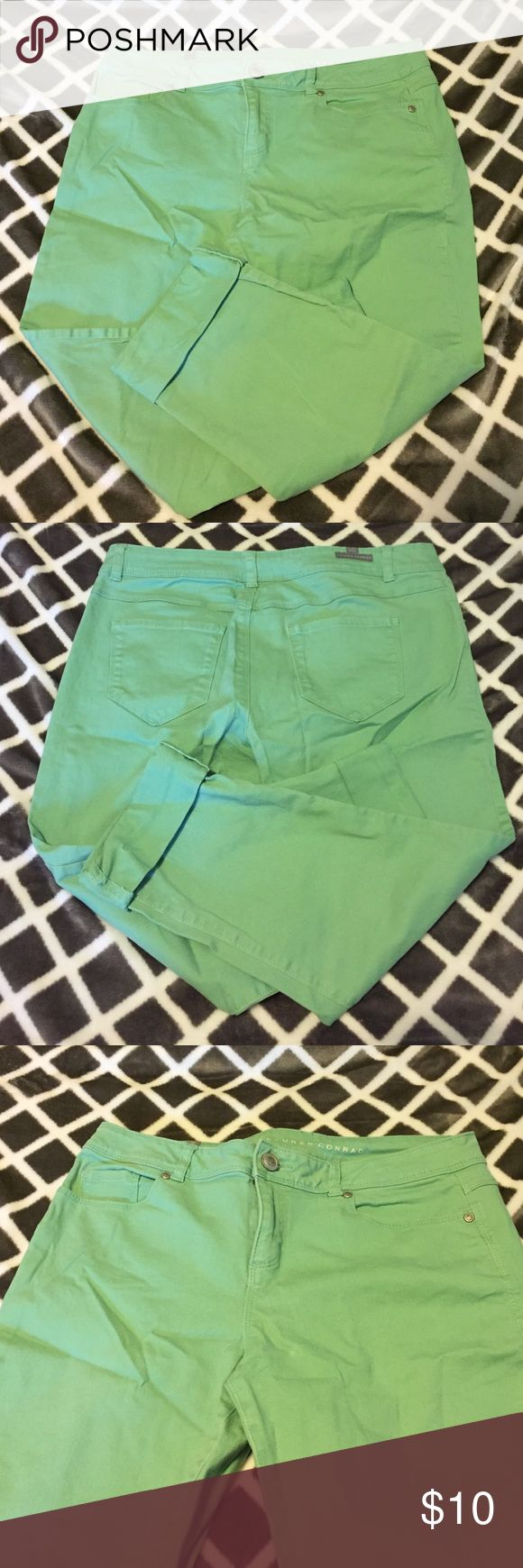 Mint Green Capris Skinny capris. Mint green color. Never worn!! Nothing wrong with them, simply doesn't fit me anymore:) LC Lauren Conrad Jeans Ankle & Cropped