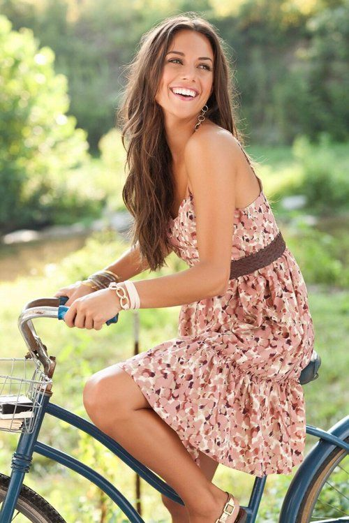 Jana Kramer - spring means dresses are in season again! #spring #fashion #trends