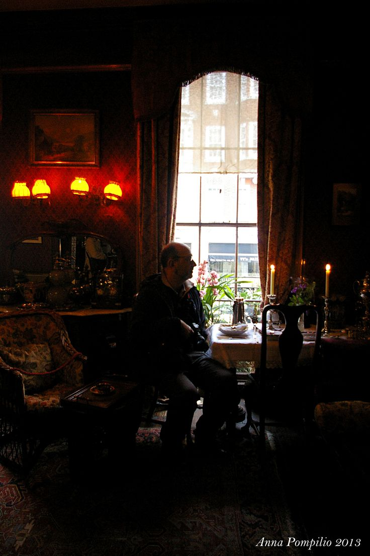 I, in 221b, Baker Street  / by Alessandro Borgogno