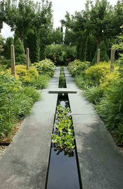 Reflective. Water runnel formal garden feature - Lezarde project 2013