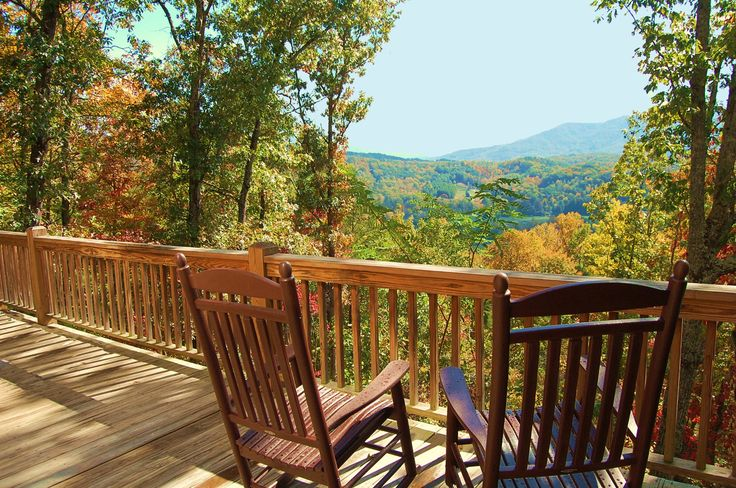 Cabin Rental Overlooking The Great Smoky Mountains In The