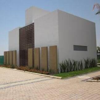 1000 ideias sobre paredes marrons no pinterest tinta for Casa minimalista wikipedia
