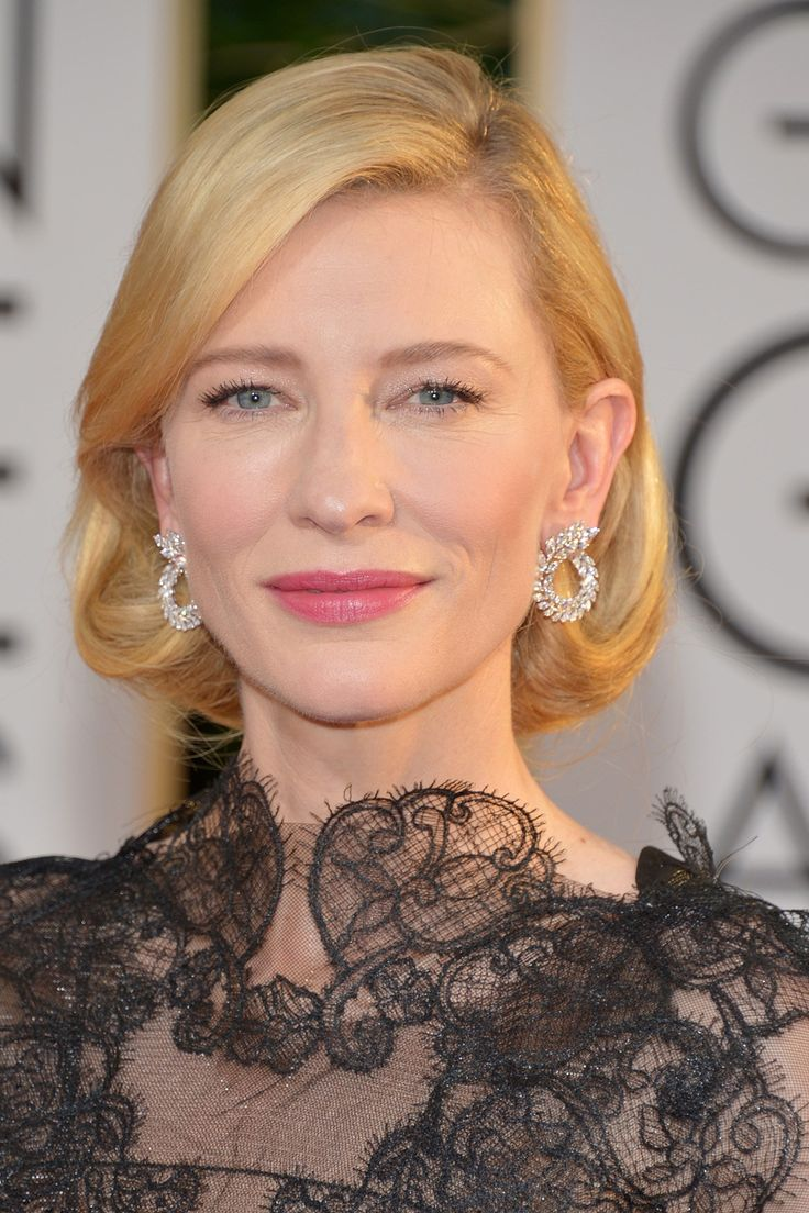 Golden Globes, January 2014  Best Actress winner Cate Blanchett wore her hair in a Forties-style faux bob, offset by pink lipstick.
