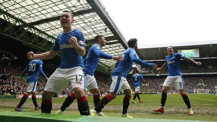 El Rangers amarga al Celtic el Old Firm   Marca.com http://www.marca.com/futbol/futbol-internacional/2017/03/12/58c5682c46163fde358b4643.html