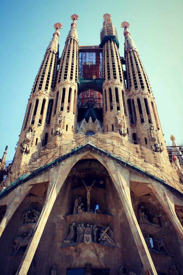 Barcelona, Sagrada Familia #travel #inspiration #sagradafamilia #barcelona @bcn_exp