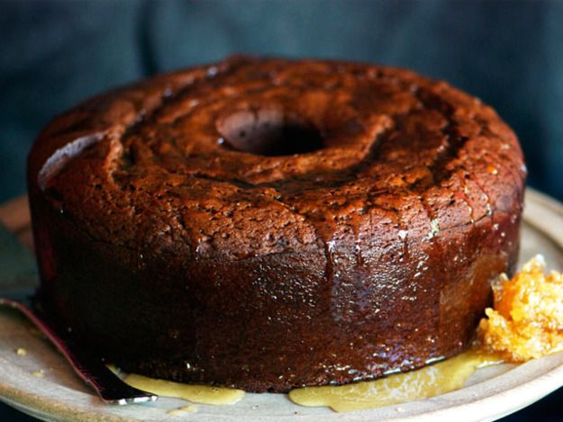Honey, warm spices, coffee, apple cider, and whiskey— this cake will put you in a festive fall mood.