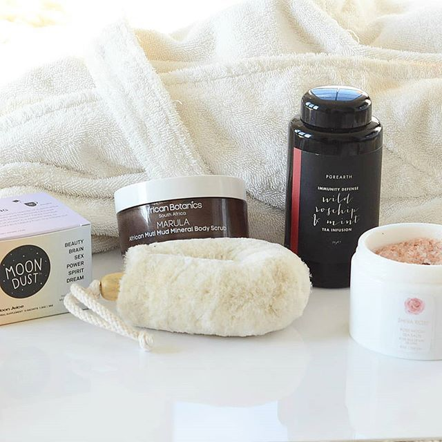 Bring the spa home and feel pampered and rejuvenated everyday. All you need is a soft dry brush an indulgent bath soak a pampering body oil or scrub and your favorite relaxing tea or tonic.  . . . . . . . . . #naturalbeauty #naturalskincare #drybrush #bathsalts #teas  #cleanbeauty #cleanbeautyrevolution #cleanskincare #greenbeauty #greenbeautyproducts #greenliving #greenskincare #organicbeauty #organicskincare #ecobeauty #cleanliving #greenbeautybloggers #veganbeauty #greenbeautycommunity…