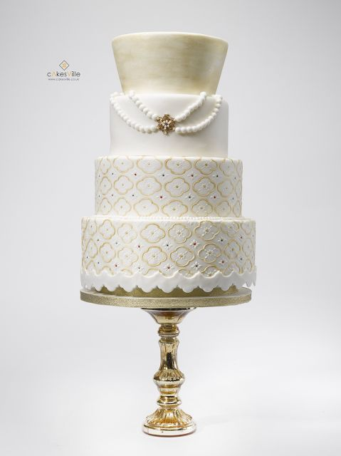 Cakesville: Here comes IYAWO. Inspired by the Yoruba bride (West Africa).