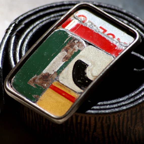 Recycled license plate belt buckles