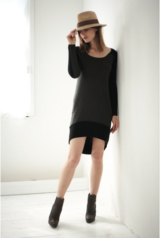 Split it Contrast Knee Dress - nothing beats a knit dress on a bloated day where you can't put an outfit together to save your life!