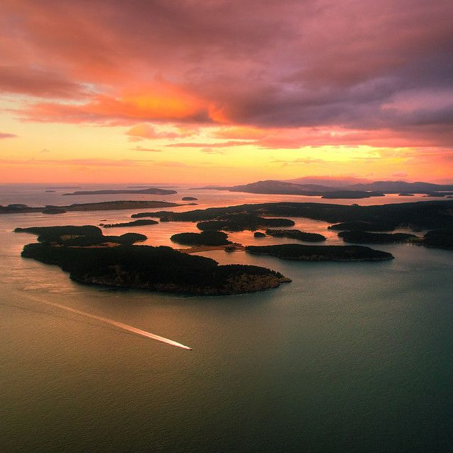 Gulf Islands, British Columbia, Canada. AHHH, I have wanted to see this for so very long!