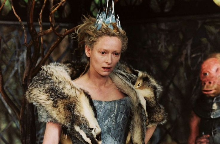 Queen Jadis was the sole living resident and the self-declared final Queen of the world of Charn. She was an extremely powerful sorceress, and was the most infamous ruler of Narnia. Originally from the World of Charn, she was accidentally brought to the World of Narnia. Although she was banished to the North by the Great Lion, Aslan, she returned 900 Narnian-years later, and usurped the throne from the original royal family of Narnia.