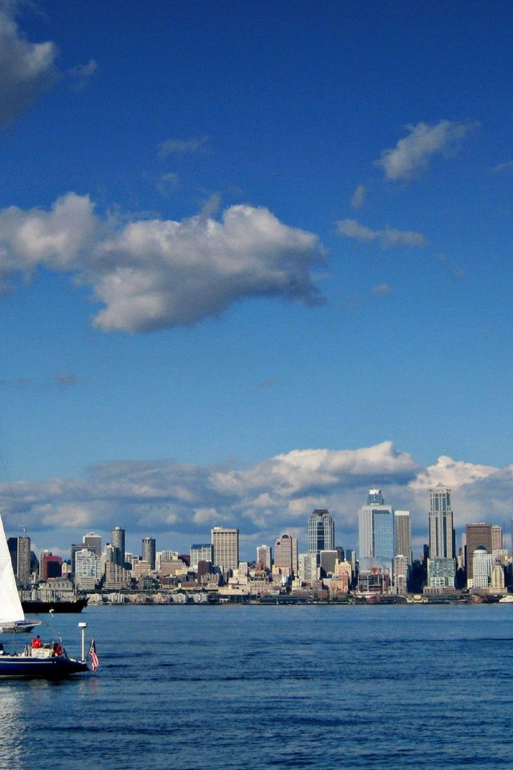 Seattle's waterfront is on full display from The Edgewater's pier-top rooms. #Jetsetter