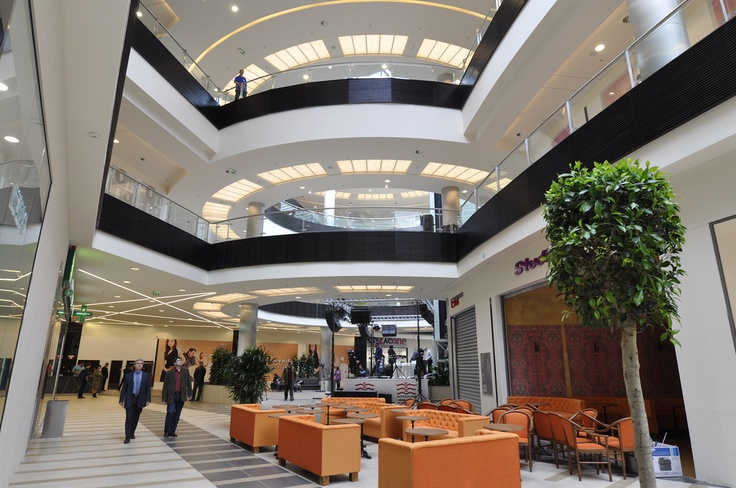 Basic collection arad atrium mall design interior for Furniture mall