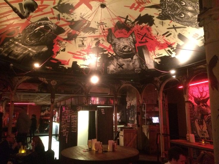 My review of Meat & Liquor, London. http://jerseygirl.co/2015/03/30/meat-and-liquor-london/#more-1218