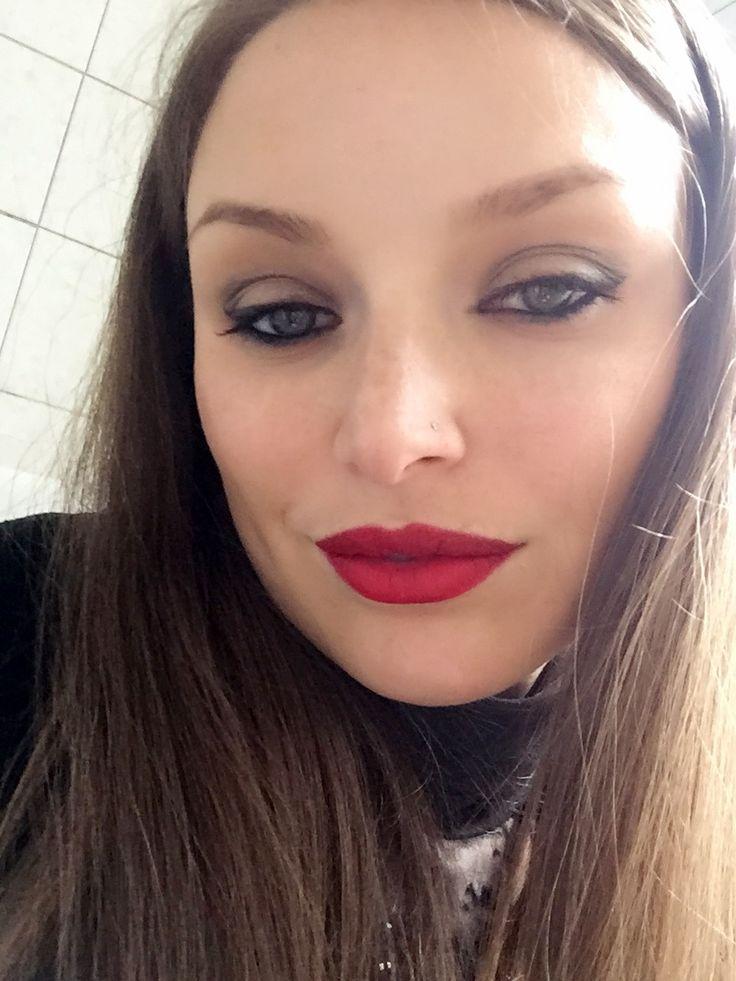 Adoro questa tinta labbra 👄💄 #bellezzaprecaria #bellezza #beauty #beautyblog #beautyblogger #beautyaddict #labbra #tintalabbra #lips #lips #mulaccosmetics #mulac #velvetink #oldschool #instabeauty #mulacvelvetink #oldschoolmulac #me #my #myself #makeup #makeupoftheday #trucco #muotd