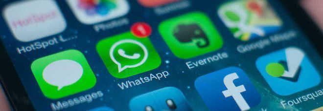WhatsApp, ecco tutte le funzioni: 10 trucchi che non conoscevi