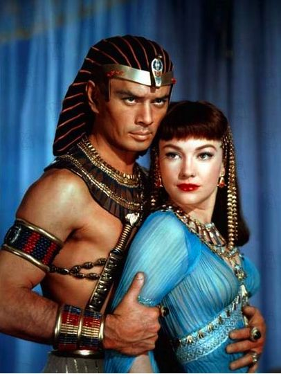 Yul Brynner and Anne Baxter?