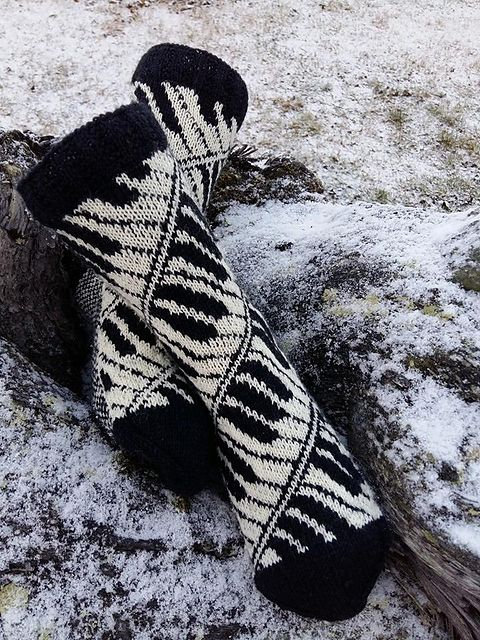 Ravelry: Pianissimo socks pattern by Lill C. Schei
