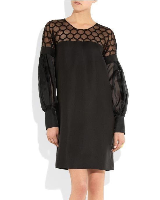 Gucci, Dünyaca ünlü İtalyan markası Gucci'nin çanta, aksesuar, elbise ve ayakkabıları en uygun fiyatlarla sadece MosModa.com'da...