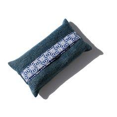 Etui à mouchoirs en jean récup' foncé et coton japonais géométrique saki °asanoha° bleu marine et blanc