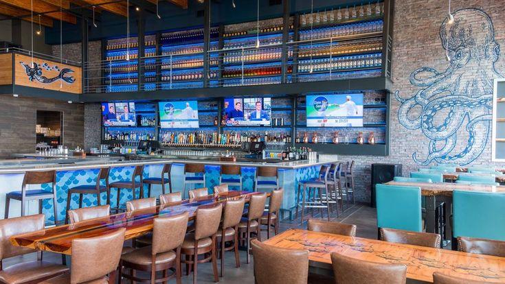 Find a seafood based-menu and a bustling bar scene