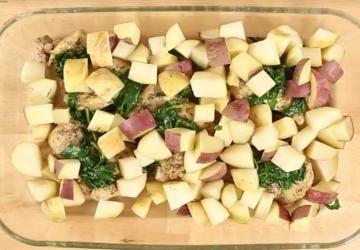 Casserole de poulet à l'ail dans une sauce crémeuse au parmesan, un délice en toute simplicité!