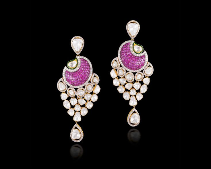 Pair #danglers with a magnetic combination of uncut #diamonds and #rubies with your ensemble and be ready to dazzle! #Jewellery