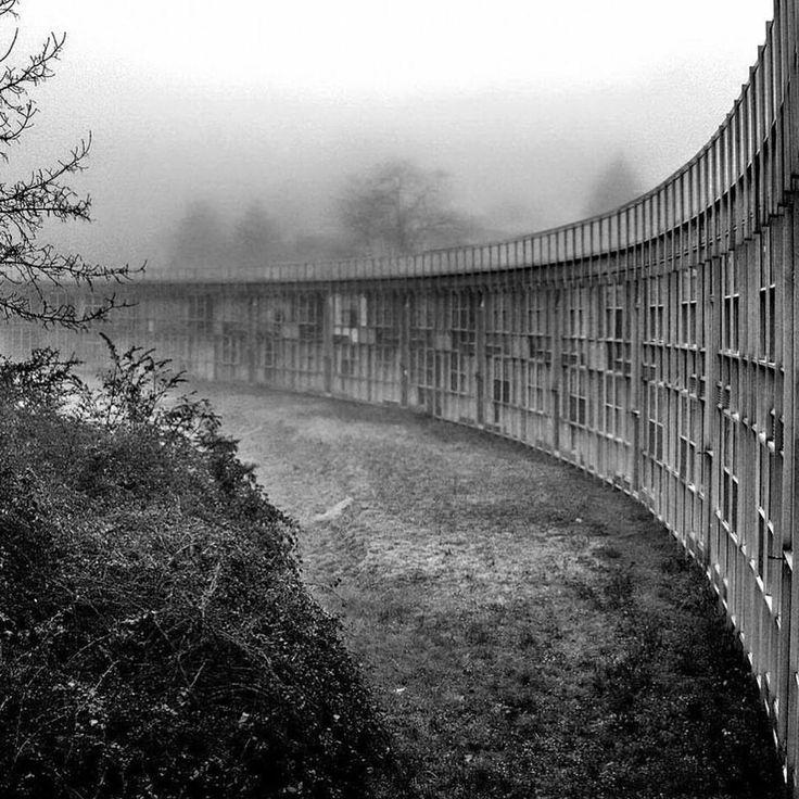 Collective housing for Olivetti employees, Roberto Gabetti & Aimaro Isola, Ivrea, Turin 1969-74.