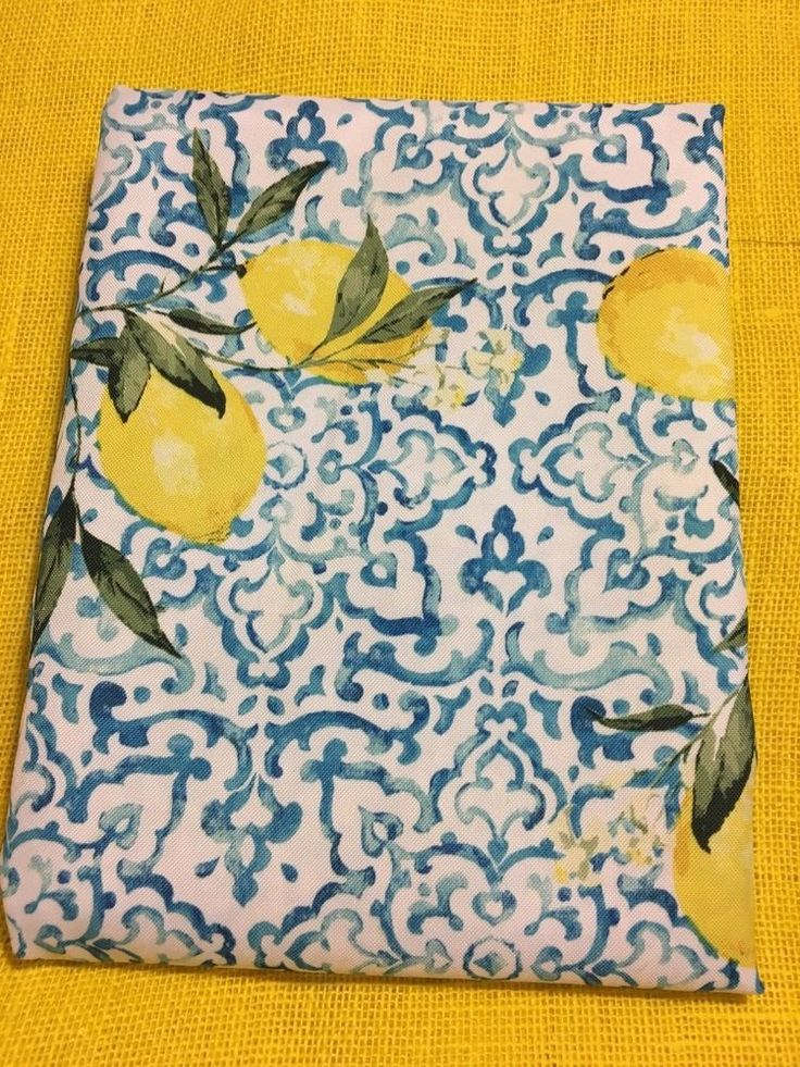 ENVOGUE Lemons on blue white Print In/Outdoor Tablecloth Various Shapes Size NEW #ENVOGUE
