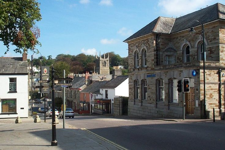 One of Cornwall's oldest towns, Bodmin has had its fair share of trail blazing moments. The Cornish Rebellion started here in 1497 when 15,000 Cornishmen marched on London. It was in Bodmin that the pretender to the English throne Perkin Warbeck was proclaimed King Richard IV in the same year, and another uprising in 1549 saw Bodmin at the centre of the Prayer Book Rebellion.