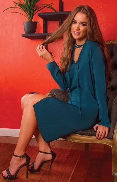 DEMICA CHOKER LOOSE FITTING SHIFT DRESS