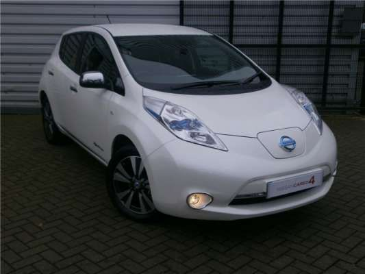 Used 2014 (14 reg) White Nissan Leaf Tekna 5dr Auto for sale on RAC Cars