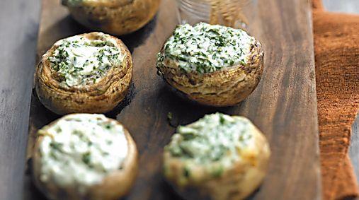 Champignons farcis au fromage et aux herbes : Une recette signée Lignac