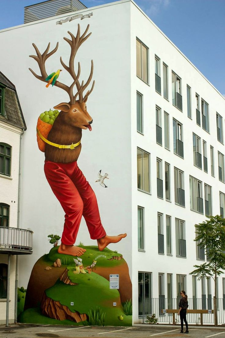 Waone from Interesni Kazki unveils a new piece for We Aart in Aalborg, Denmark