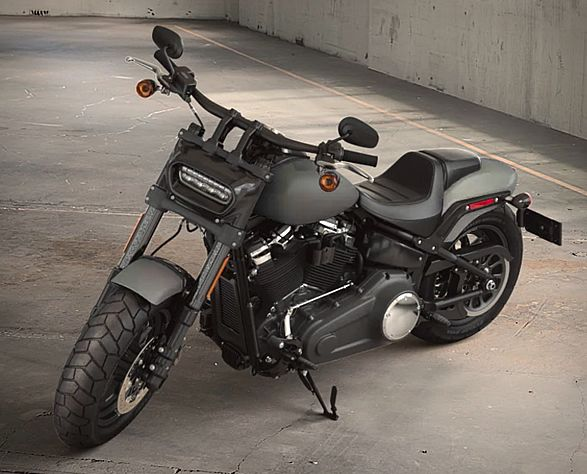 Harley-Davidson have released the all-new Softail line, and of the eight new cruisers, the Fat Bob has the boldest styling. The impressive 2018 Harley-Davidson Fat Bob features aggressive, unapologetic styling, asphalt-eating traction, pothole-devour