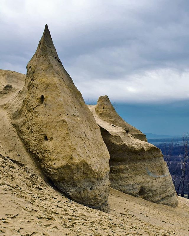 Sandberg je významná paleontologická lokalita nachádzajúca sa na území mestskej časti Devínska Nová Ves Bratislava. Lokalitu vyhlásili za chránené nálezisko s rozlohou 256 ha roku 1964. Už nasledujúceho roku bola rozšírená a premenovaná na Štátnu prírodnú rezerváciu Devínska Kobyla o rozlohe 2797 ha. Roku 1986 sa chránená plocha rezervácie rozrástla na 102 ha. Posledná zmena prišla 1. januára 1995 kedy bola premenovaná na Národnú prírodnú rezerváciu Devínska Kobyla s najvyšším stupňom…