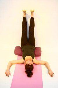 Photo of Rachel Hull taken by Haidar Ali, at Spirit Yoga, Osaka, Japan.