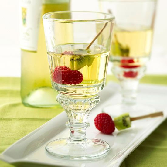 White Wine Spritzer | Food and Drink envy | Pinterest